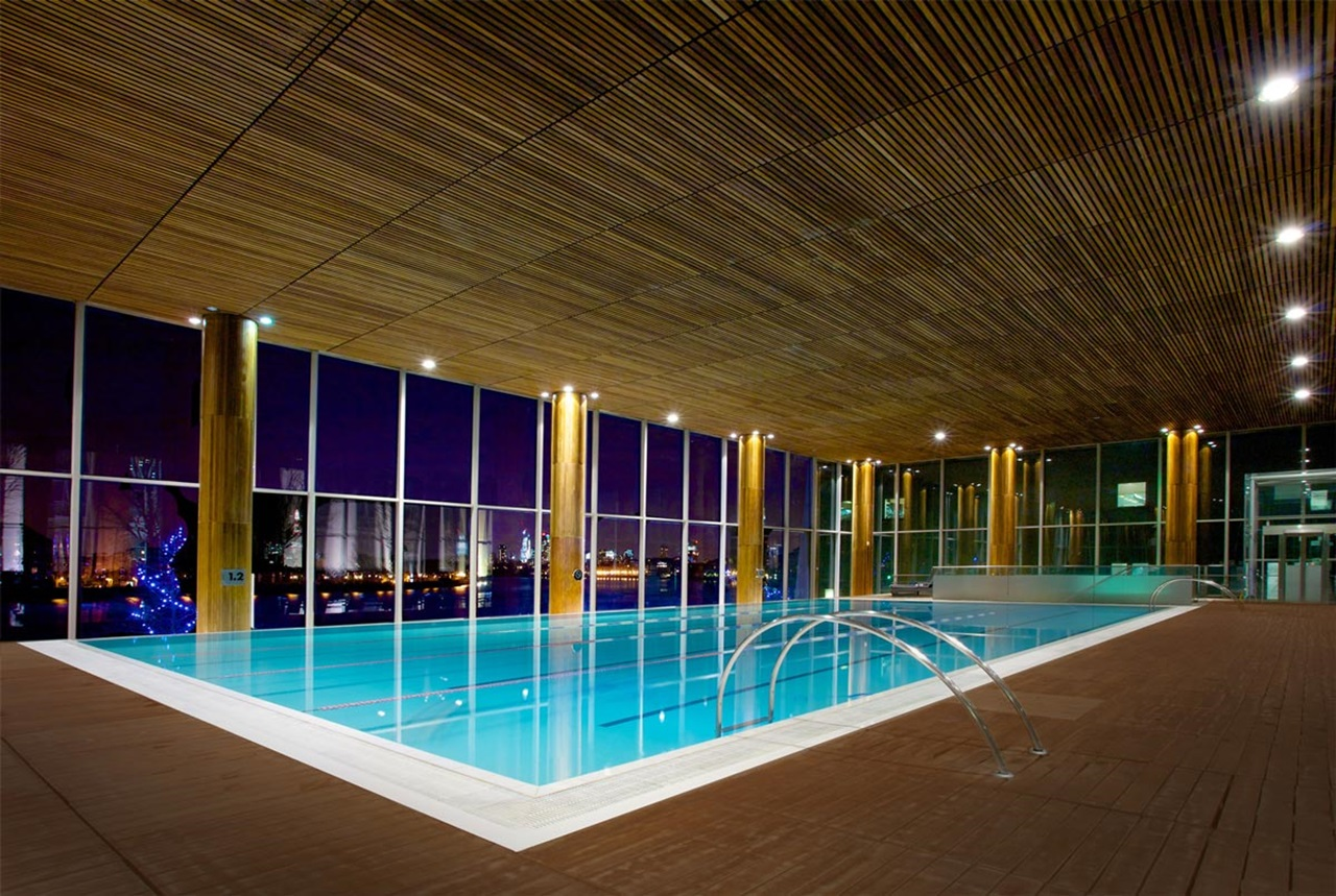 Canary Riverside Health Club (Shanghai Hotel Swimming Pool)